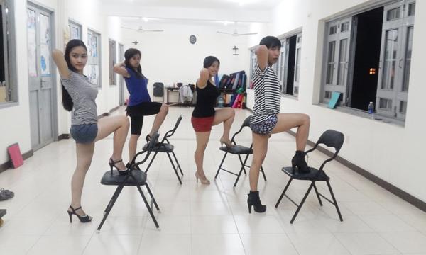 Miễn phí hoc nhảy Sexy Dance tại TDTT Bình Thạnh - 11